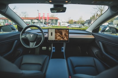 Tesla full self driving option