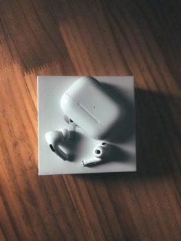 Wireless Charging of earphones
