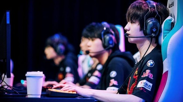 Gaming Crackdown In China Might Threaten The Country's Dominance In Esports